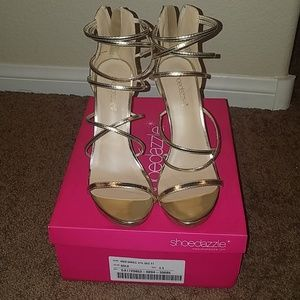 EUC Izita Dress Sandals